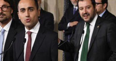 """5S-Lega indicano Conte: """"Sarà premier politico"""""""